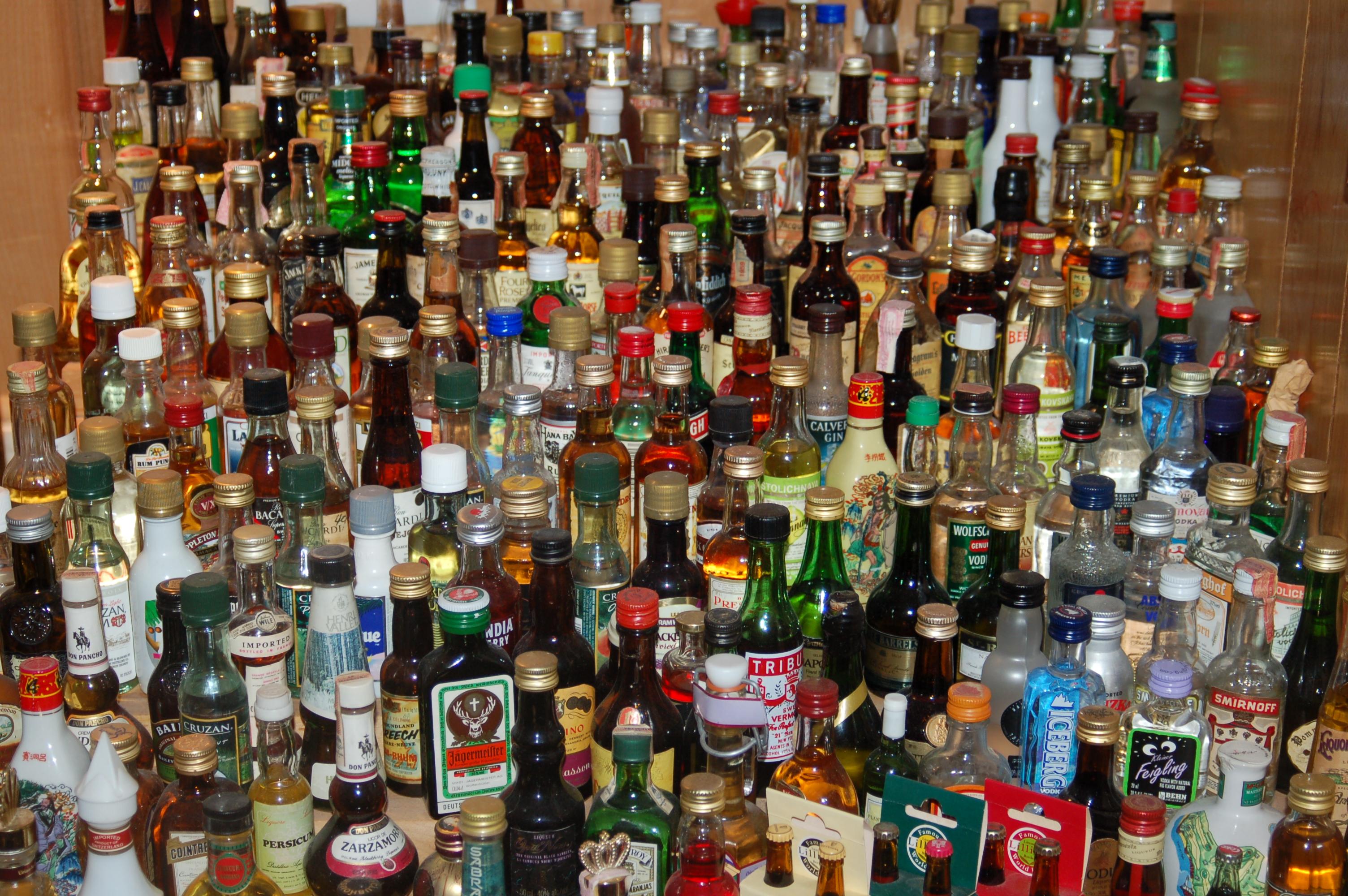 Liquor_bottles